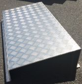 Seuil aluminium damier 5.5_7mm.JPG